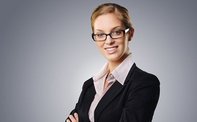 What is a financial expert - financial experts can be qualified